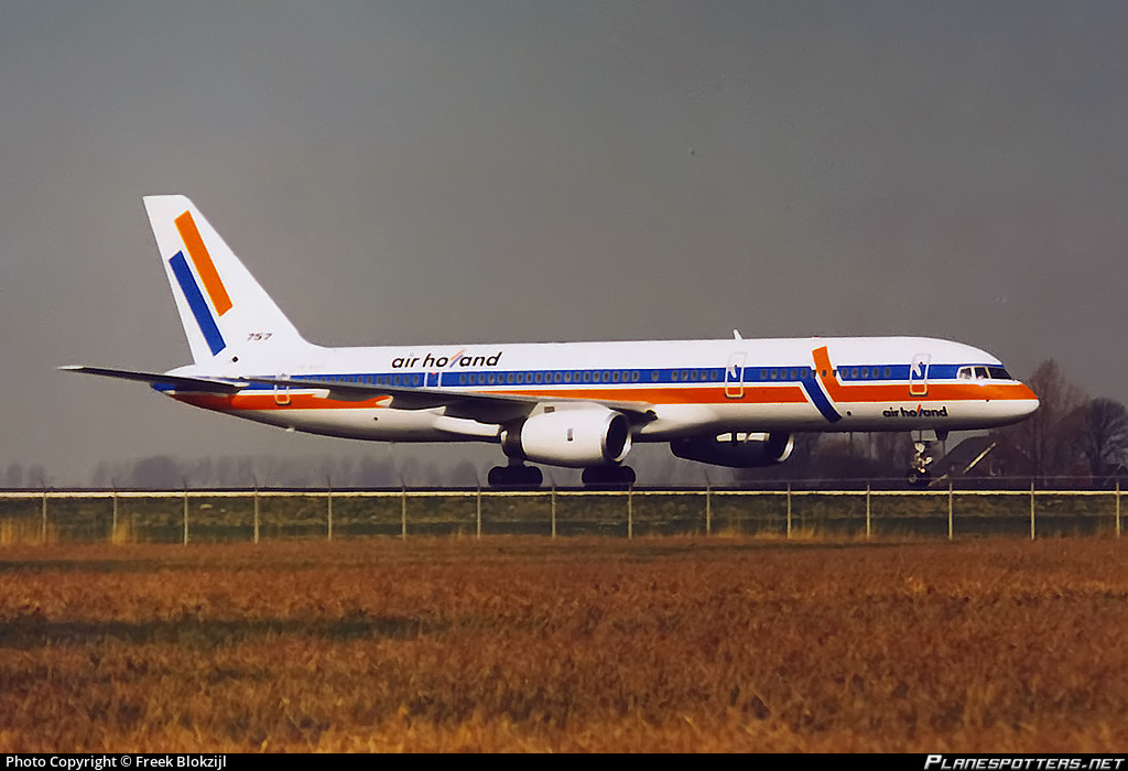 PH-AHF Air Holland Boeing 757-27B Photo by Freek Blokzijl | ID 961792 |  Planespotters.net