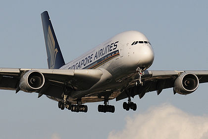 (c) Planespotters.net