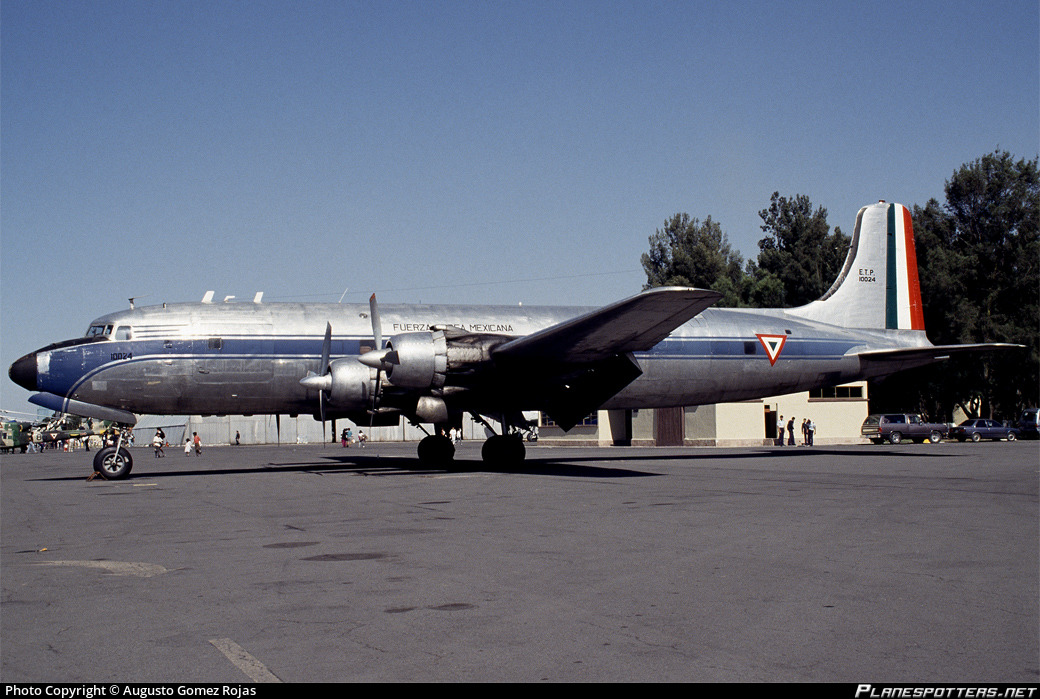 ETP10024 Fuerza Aérea Mexicana (Mexican Air Force) Douglas DC-6A Photo by  Augusto Gomez Rojas   ID 234152   Planespotters.net
