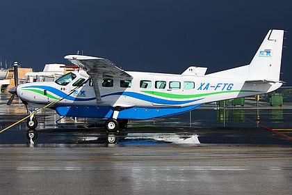 XA-FTG 208B2311 AX Transporter Cessna 208B Grand Caravan Cancun International (CUN / MMUN)