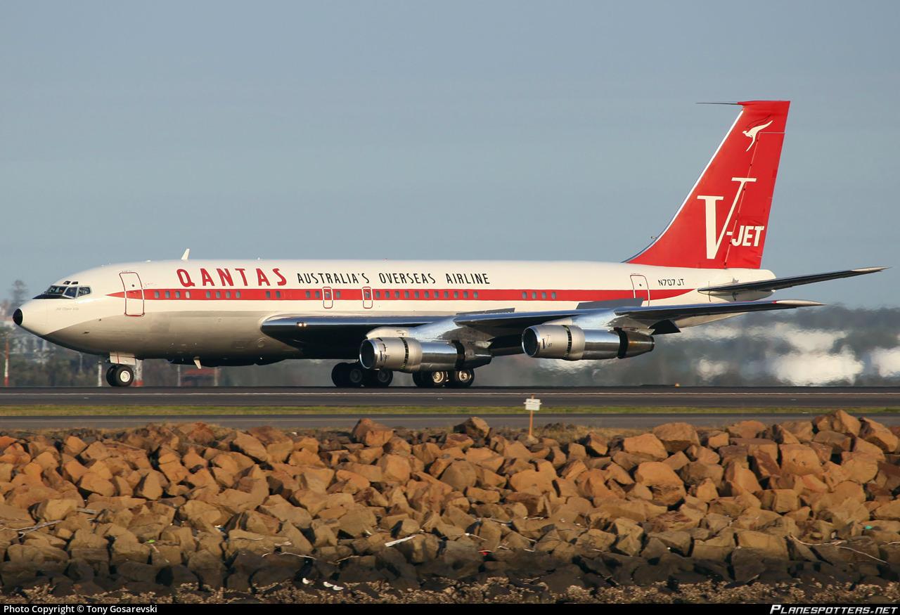 N707jt John Travolta Boeing 707 138b Photo By Tony Gosarevski Id 355551 Planespotters Net