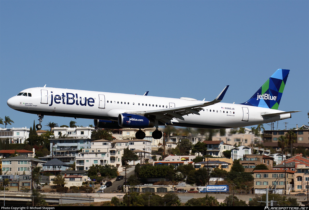 n986jb jetblue airways airbus a321 231 wl photo by michael stappen id 1018358 planespotters net n986jb jetblue airways airbus a321 231