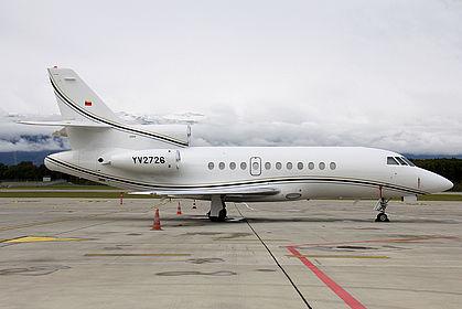 YV2726 136 Private Dassault Falcon 900B Geneva Cointrin (GVA / LSGG)