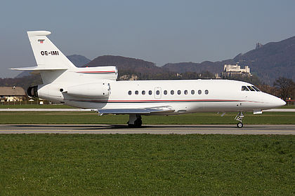 OE-IMI Magna Air Dassault Falcon 900B Salzburg W.A. Mozart (SZG / LOWS)