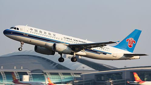 B-6575 3910 China Southern Airlines Airbus A320-232 Guangzhou Baiyun (CAN / ZGGG)