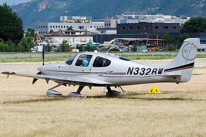 N332BW 0166 Private Cirrus SR22 Bolzano (BZO / LIPB)