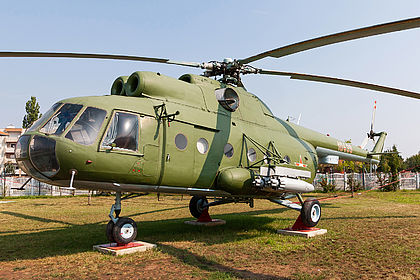 10439 10439 Hungarian Air Force Mil Mi-8 Off-Airport