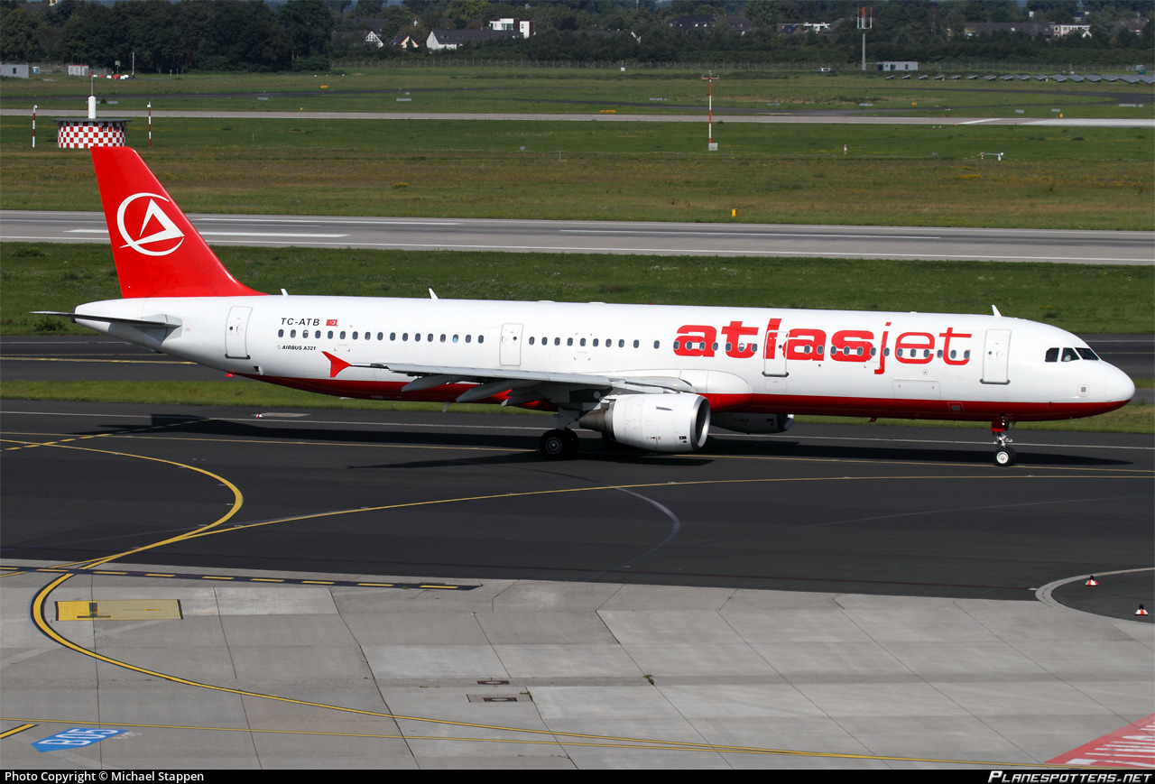TC-ATB Atlasjet Airbus A321-211 photographed at Dusseldorf Rhein-Ruhr (DUS / EDDL) by Michael Stappen