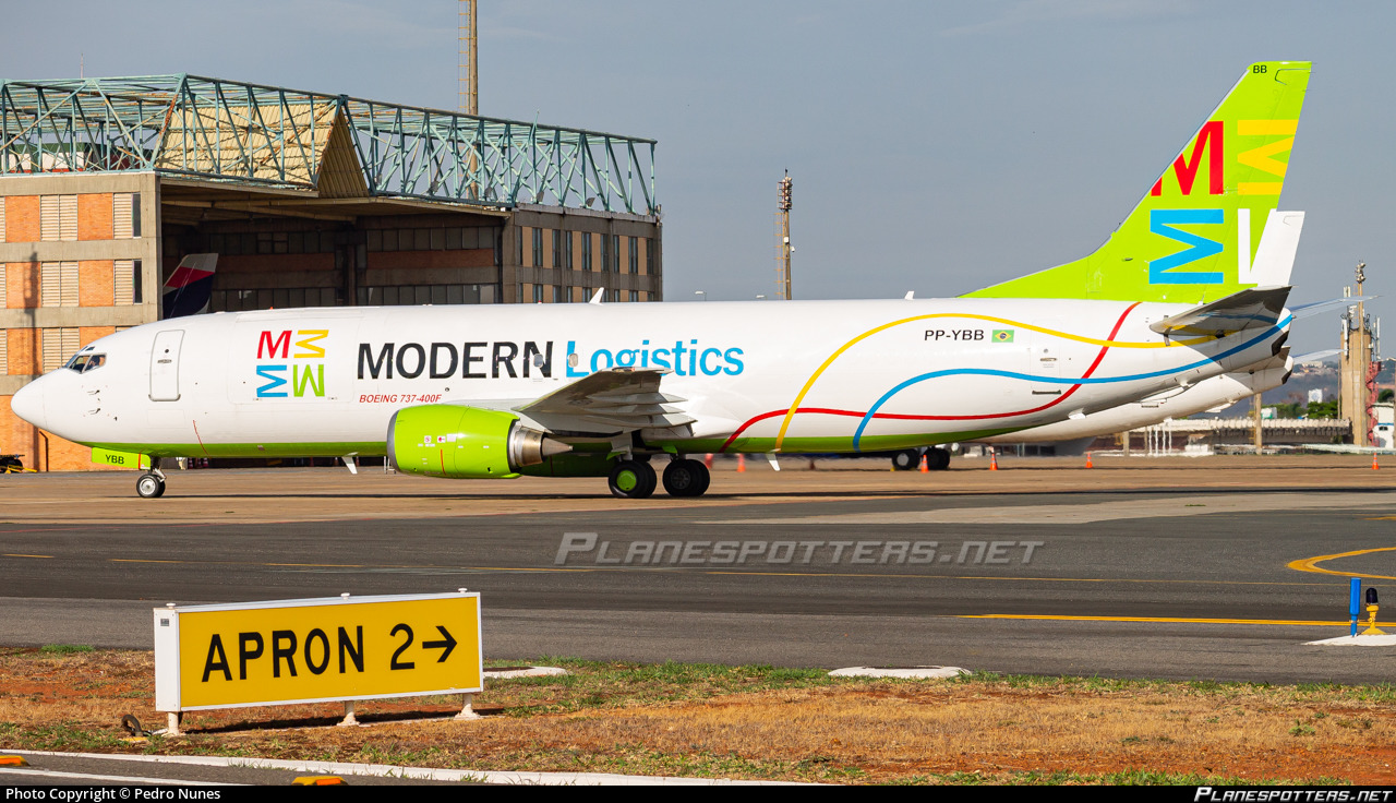 PP-YBB Modern Logistics Boeing 737-4Q8(SF) photographed at Brasilia Presidente Juscelino Kubitschek (BSB / SBBR) by Pedro Nunes
