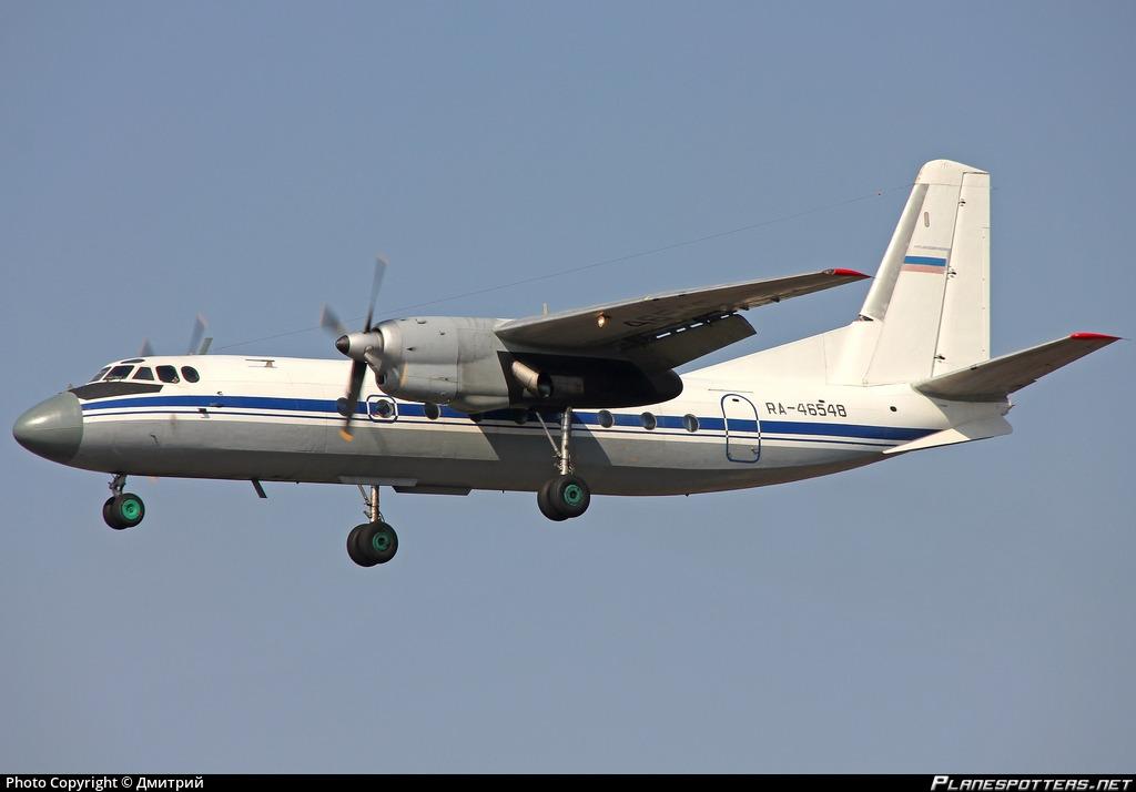 ra-46548-russian-navy-antonov-an-24rv_PlanespottersNet_387325_c068148078_o.jpg