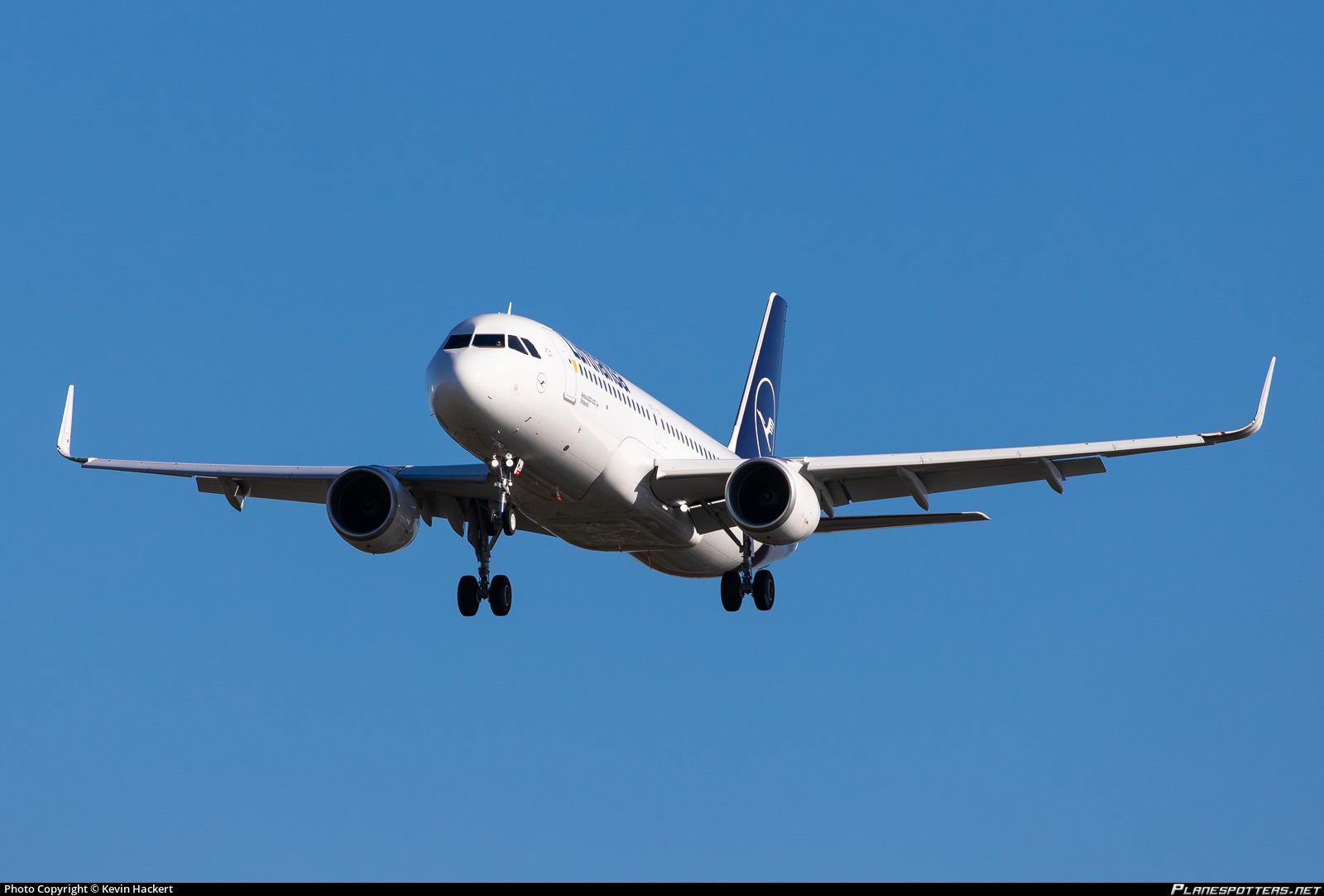 d-aiwj-lufthansa-airbus-a320-214wl_Plane