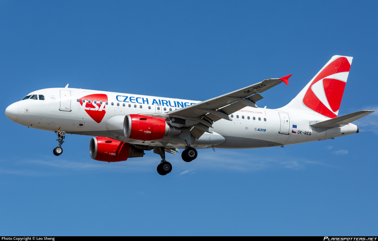 OK-REQ Czech Airlines (CSA) Airbus A319-112 photographed at London Heathrow (LHR / EGLL) by Leo Sheng