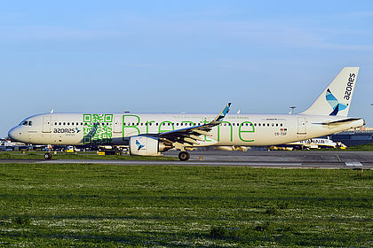 AIRBUS STICKER AUTOCOLLANT A321neo AZORES AIRLINES