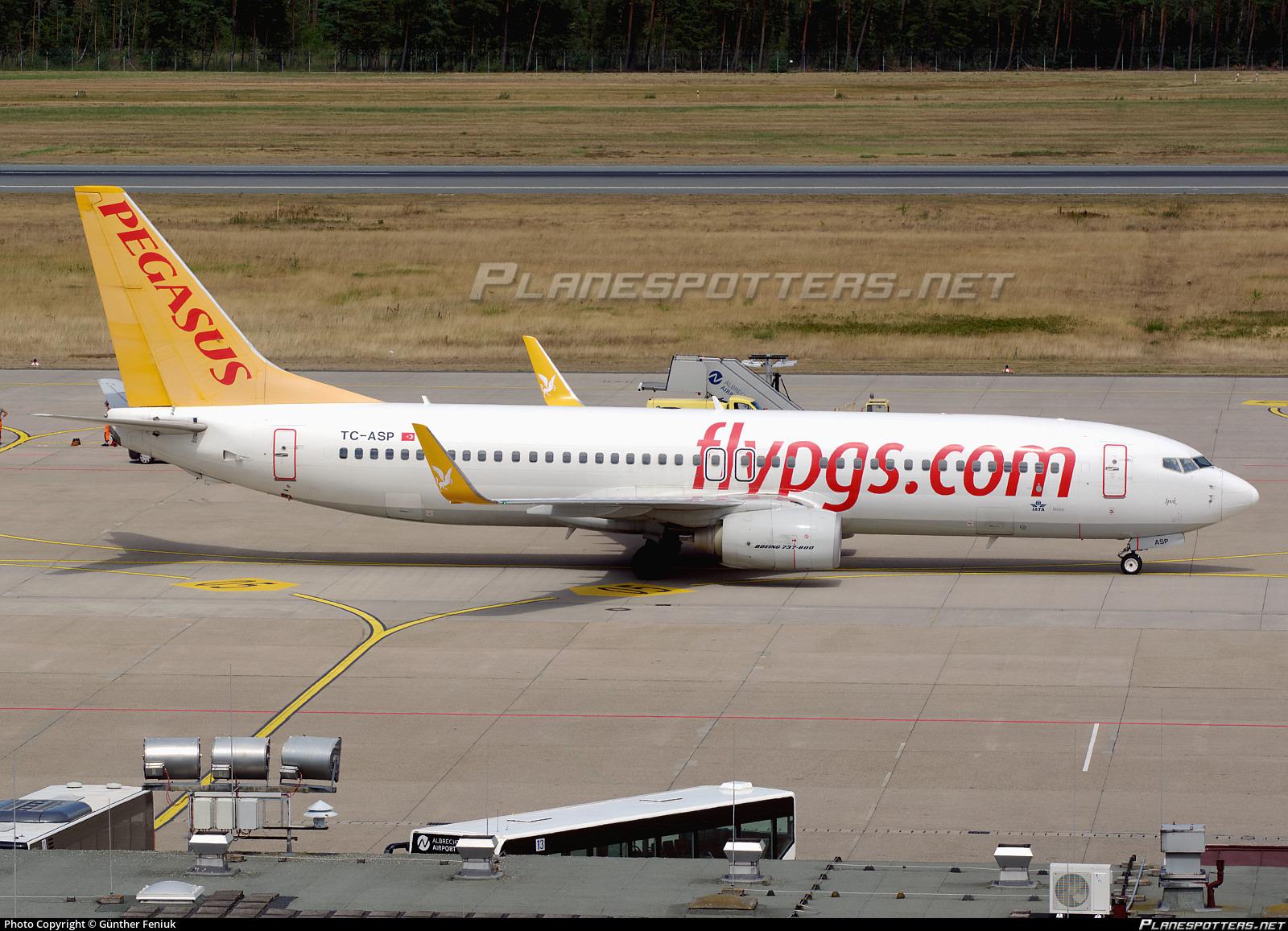 TC-ASP Pegasus Boeing 737-82R(WL) photographed at Nuremberg (NUE / EDDN) by Günther Feniuk