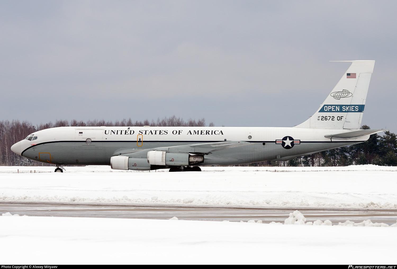 61-2672 USAF United States Air Force Boeing OC-135B (717-158)