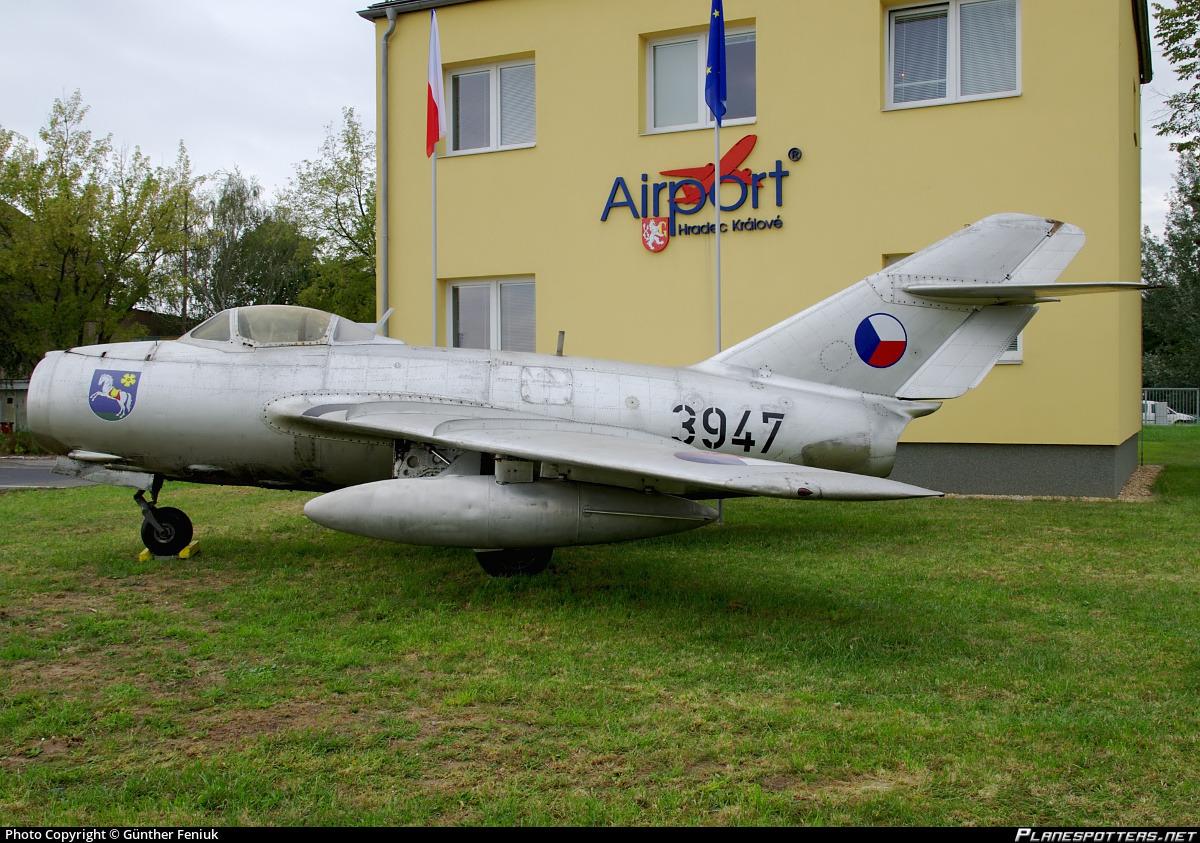 3947-czech-air-force-mikoyan-gurevich-mig-15bis_PlanespottersNet_309408_e1ddaff609.jpg