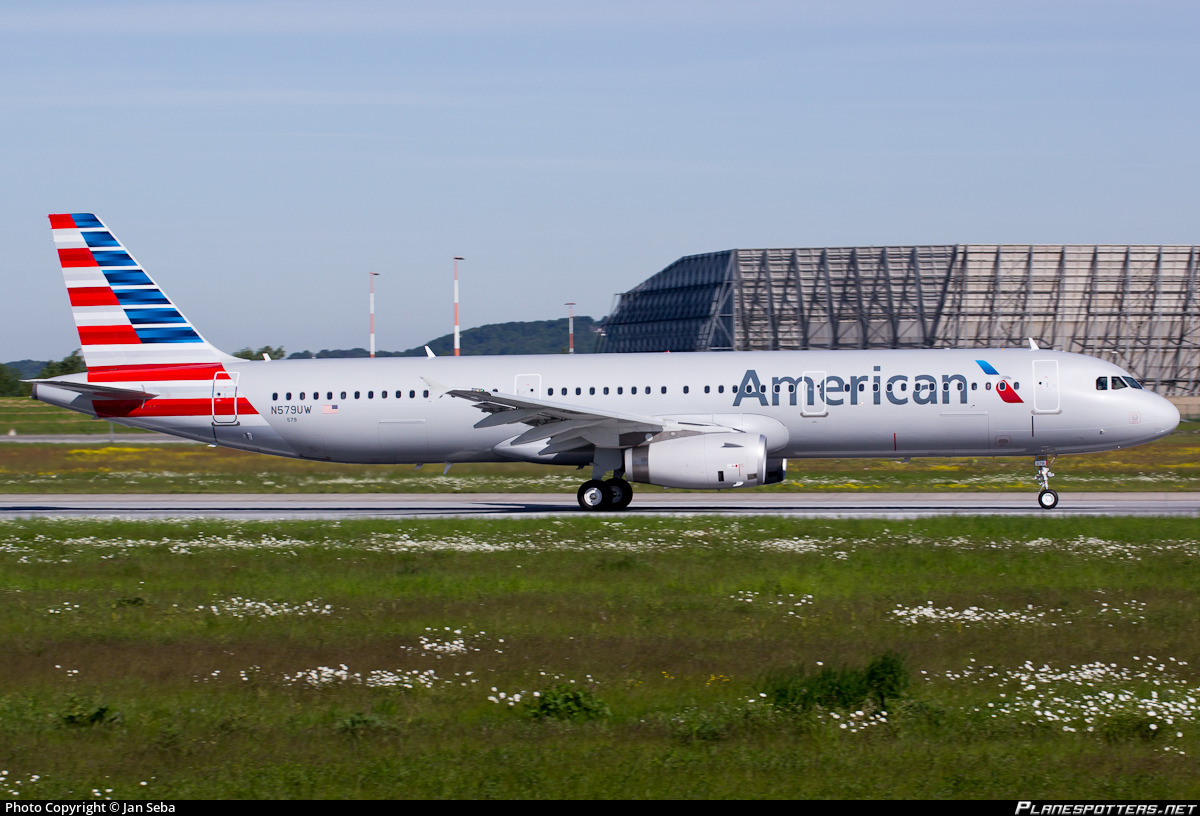 N579UW American Airlines Airbus A321-231 Photo by Jan Seba