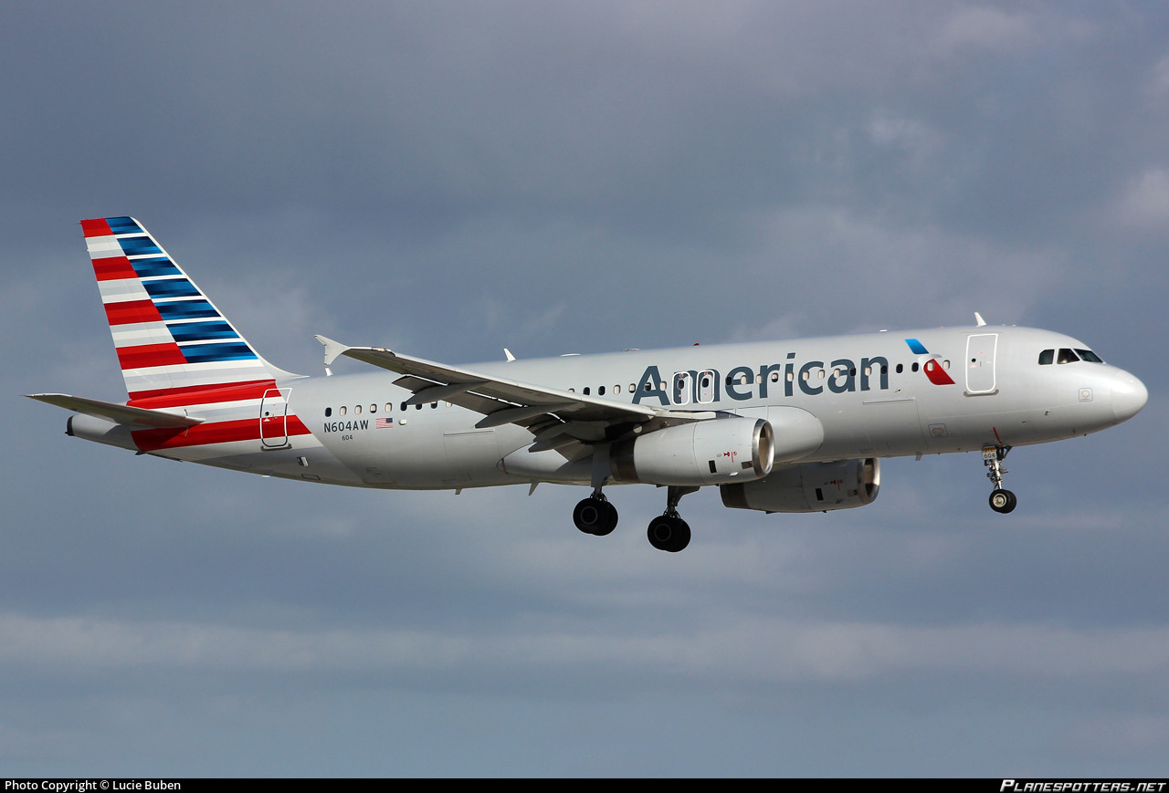 N604AW American Airlines Airbus A320-232 photographed at Fort Lauderdale Hollywood International (FLL / KFLL) by Lucie Buben