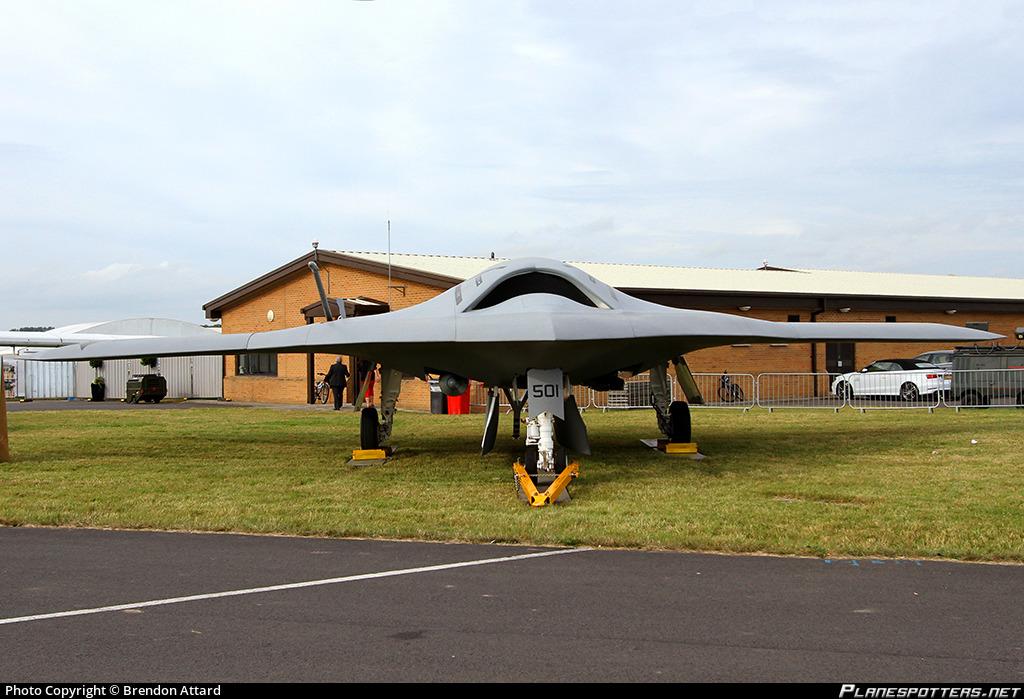 https://cdn.planespotters.net/photo/752000/original/168063-us-navy-northrop-grumman-x-47b_PlanespottersNet_752517_136e986691.jpg