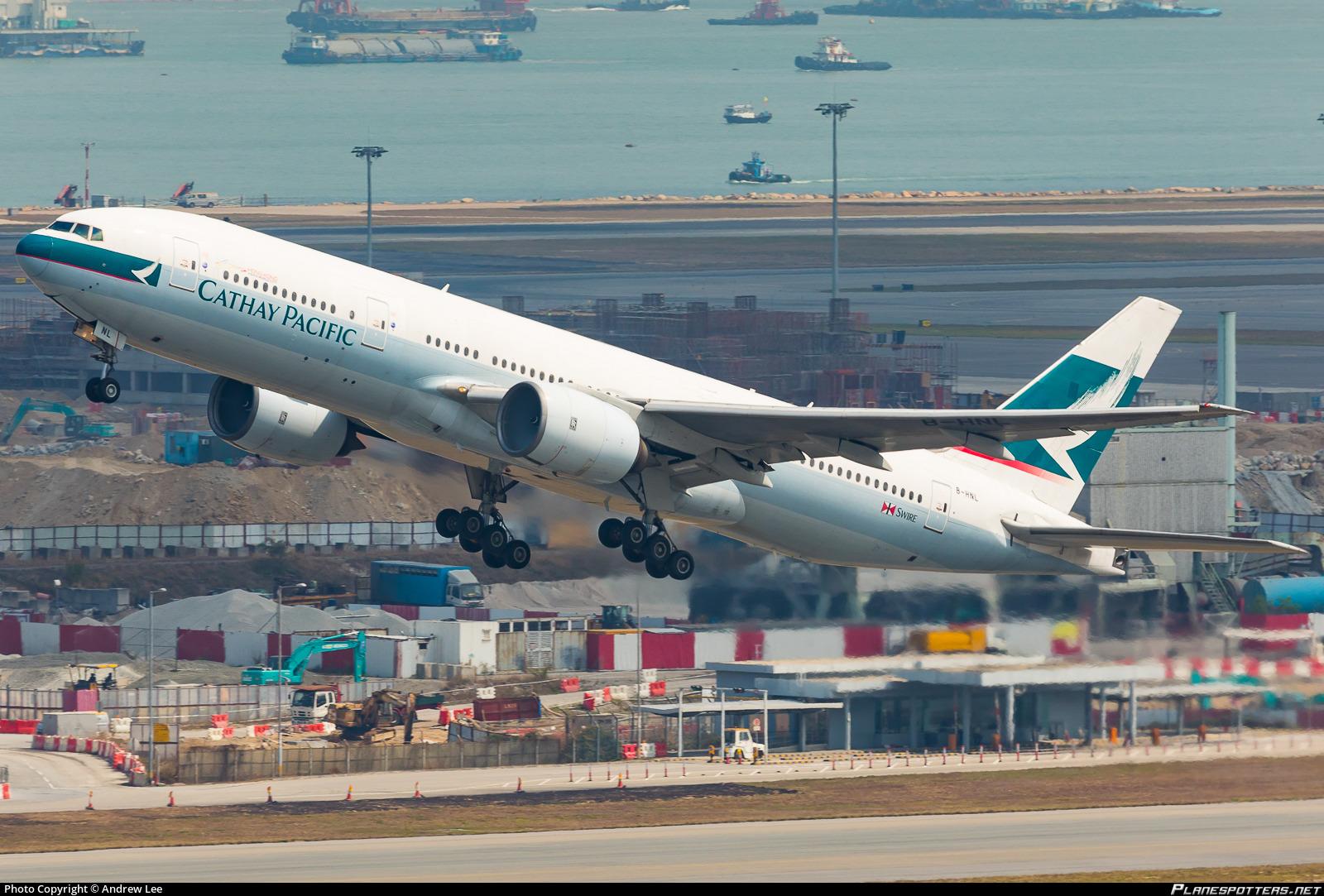 B Hnl Cathay Pacific Boeing 777 267 Photographed At Hong Kong Chek Lap Kok
