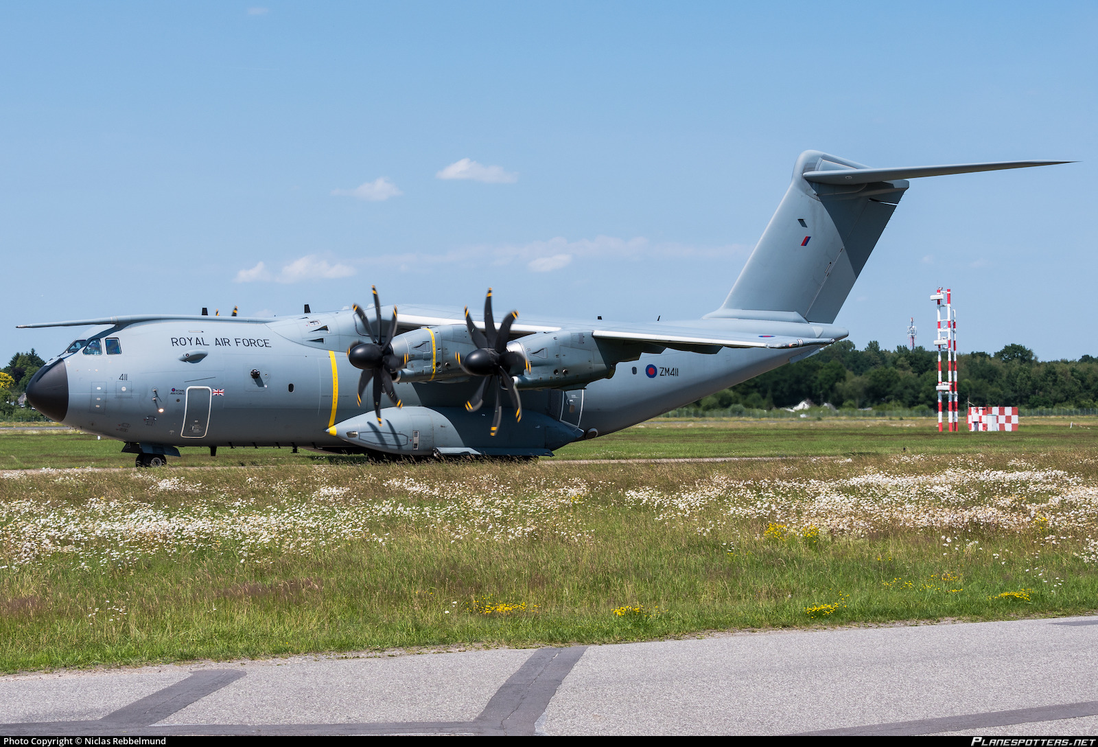 ZM411 Royal Air Force Airbus A400M-180 Photo by Niclas